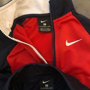 2t Nike Boys Set
